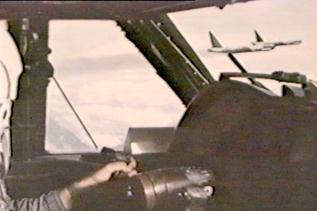 B-52, Opening Bomb-bay doors!