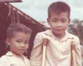Vietnamese boys, Close Up