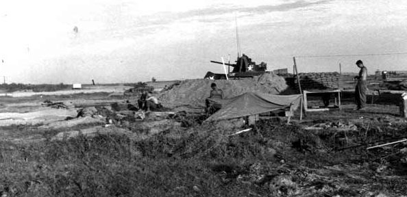 Đông Hà: US Army twin 40 MM gun.