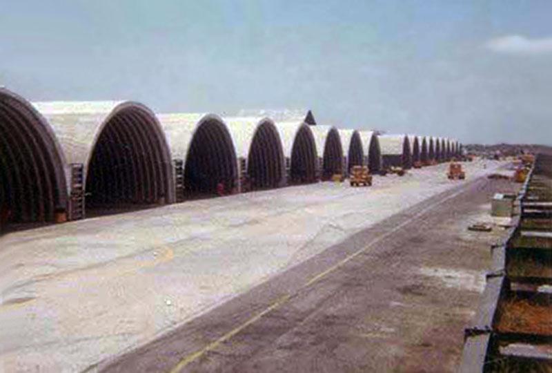 13. Da Nang AB: 366th TFW: Flightline cleanup. April 29-1969. [Peter Halferty photo].