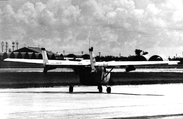 4. Da Nang AB, 366th TFW: O2B Cessna Skymaster, taxiing. 1969-1970. [Photo by Ed Burchard].
