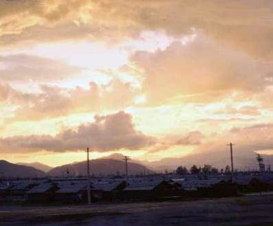 5. Da Nang AB, 366th TFW: Spectaular sunsets over Gunfighter City, and barracks. 1969-1970. [Photo by Ed Burchard].