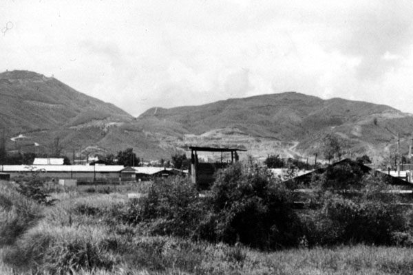 16. Da Nang AB, 366th TFW: Post tower east of Hill 327. 1969-1970. [Photo by Ed Burchard].
